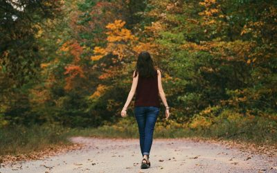 7 Health Benefits of Walking 30 Minutes a Day
